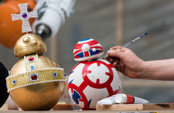 BB-8 Exhibition & Auction - Graffiti Kings Star Wars